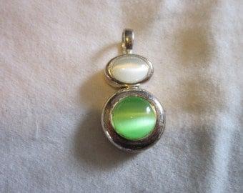 Vintage Silver Tone & Art Glass Necklace Pendant Beautiful