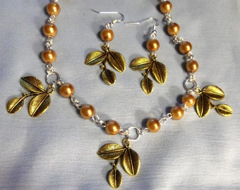 Antique Gold Leaves and Gold Glass Pearls, Necklace, Earrings, Jewelry, Pearls, Pearl jewelry