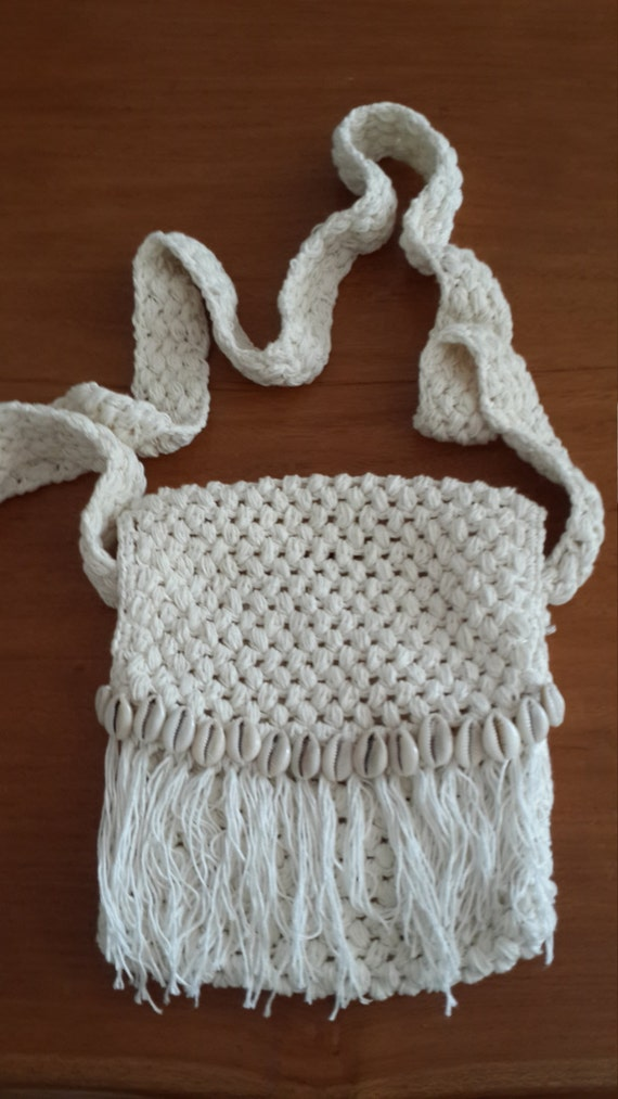 Wave: Handmade crochet shoulder bag with fringe and by EllennJames