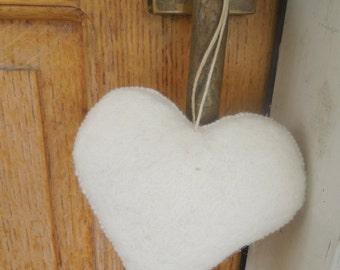 white heart,felt heart,valentine heart,valentine's heart,gift,decoration,ornament,christmas,heart,felt,white,