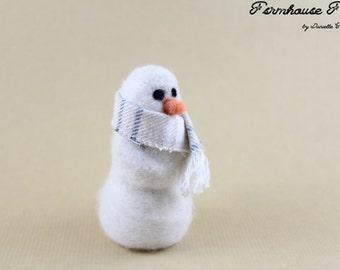 Snowman Needle Felting Kit - Beginner's Needle Felting Kit