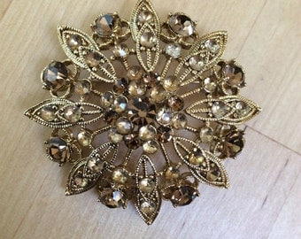 Vintage Liz Claiborne Brown And Gold Toned Rhinestone Brooch Earth Tones Fall Jewelry Leaves Snowflake