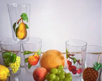 5 vintage juice glasses