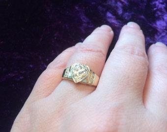 "14K yellow gold ""Broken heart"" ring"