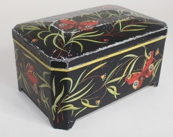 """Vintage coffee tins ' Bremen fight Horst coffee """"with butterfly motif"""