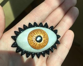 Golden Eye Brooch / Pin