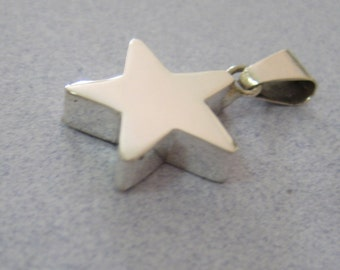 Shiny Thick Chunky Modern 3-D STAR 925 Sterling Silver from Taxco Mexico Medium Pendant