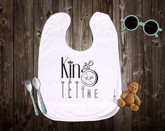 """Customizable original bib """"King of the pacifier"""". Birth gift. Baby gift. Text and graphics by Piou creations."""