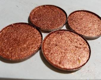 FIRECRACKER.A Rusty Copper Bronze Color with Pink Undertone. Very Foiled, Pigmented And Buttery Soft Eye shadow Color.