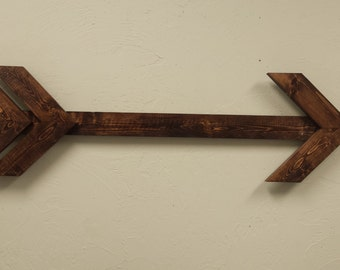 Long Wall Hanging Arrow