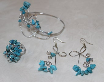 Turquoise jewellery set of silver wire earrings, bracelet and ring