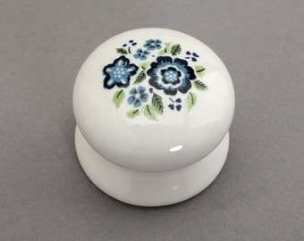 ceramic knobs white blue shabby chic dresser drawer knobs pulls handles french country kitchen