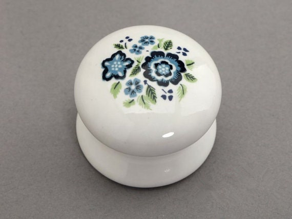 country kitchen cabinet knobs ceramic knobs white blue shabby chic dresser drawer 6005