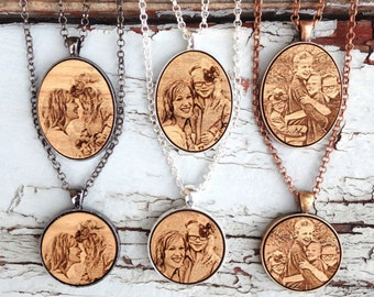 Personalized Photo Necklace - Photo Gift Mom - Mothers Day Gift - Photo Gifts - Mom Engraved Necklace - Mothers Day Photo - Engraved Photo