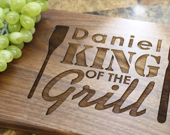 Custom Cutting Board, Personalized Cutting Board, King of the Grill, Anniversary Gift, Housewarming Gift, Birthday Gift, Corporate Gift. 506