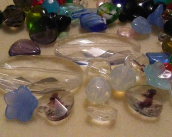 1 lb mixed glass and crystal bead lot, bead haul, bead destash, bead soup, jewelry and beading supplies