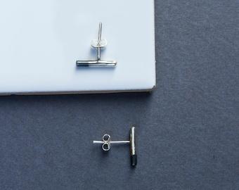 Silver minimal Earrings. Stud earrings for her