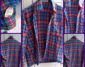 plaid shirt, vintage 90s, wool and acrylic . size M