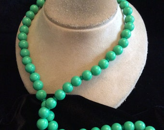 Vintage Long Green Beaded Necklace