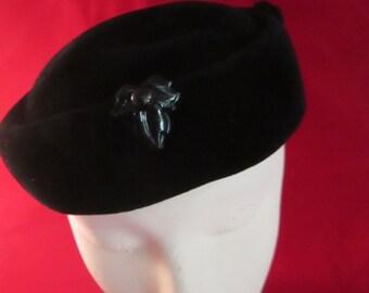 Vintage Black Velvet Pillbox Hat / Fascinators. Made France for Fowler's of Binghamton, N.Y!