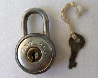 Padlock vintage round Optimus made in Sweden / former clasp with its key / vintage padlock / lock / lock