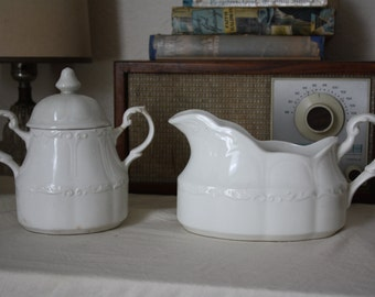 English Ironstone Sugar and Creamer Set - J & G Meakin