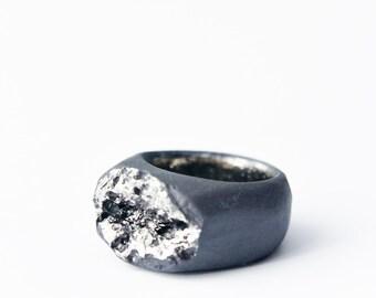 Statement ring, big ring, bold ring, ceramic ring, black ring, cocktail ring, porcelain jewelry, ceramic jewelry, black ceramic ring