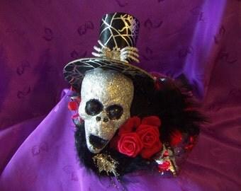 Silver Glitter Elegant  Skull Fascinator  Hair Clip Fascinator Costume Halloween Día de los Muertos Hair Clip Fascinator SALE