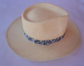 Straw Hat, Summer Straw Hat, Sun Hat, Panama Hat, Hand-Woven Hat, Chapeau en paille, Sombrero de junco