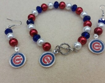 Chicago Cubs bracelet and earrings