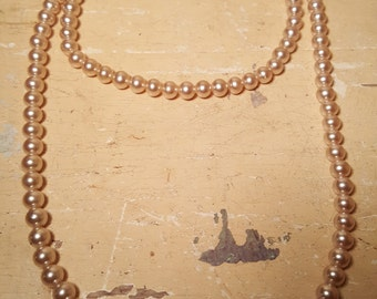 Vintage Strand of pearl Necklace