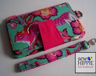 "Handmade Pearl Wallet Clutch Purse Wristlet ""Tula Pink Chipmunk"""
