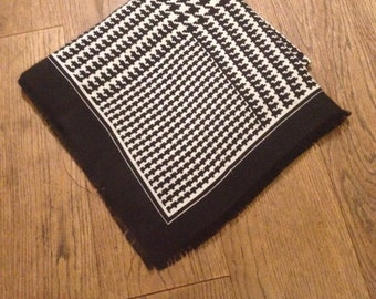 1970's Vintage Large Black and White Hounds Tooth Fine Woven Cotton Scarf