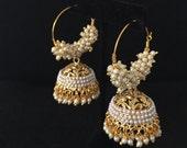 Indian earrings , jhumki, pearl earrings , Bollywood earrings , indian jewelry, India wedding jewelry