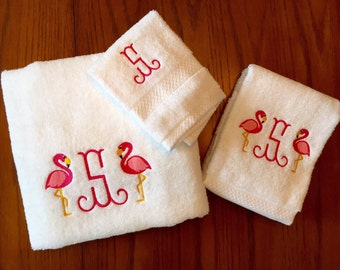Personalized Flamingo Bath Towel Set