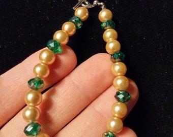 Glass bead, pearl bracelet