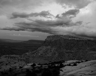Near Ghost Ranch, Abiquiu, NM-Storm Approaching With Orphan Mesa - 0447 bw