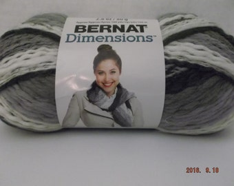 Bernat Dimensions Yarn ~ Wool Blend ~ Colour # 99008 Peppermill ~ 2.8 oz ~ 160 Yards ~ #5 Bulky