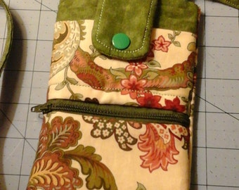 Crossbody Cell Phone purse, green and cream