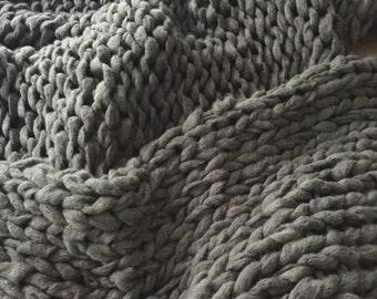 Chunky Knit Blanket, Super Bulky Blanket, Giant Knit Blanket, Oversized Throw, Extreme Knitting,