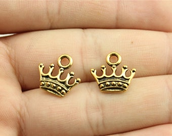 15 Crown Charms, Antique Gold Tone Charms (1C-198)