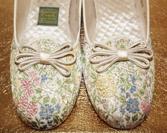 70s Vintage Floral Embroidered Silk House Shoes