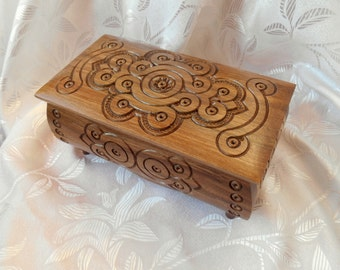 Jewelry box Wood Carved Box Handmade Necklace Jewelry Gift Box Wedding Present business lady handsel Gift for a girl gifts Walnut