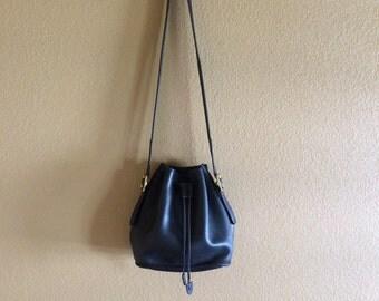 Vintage Coach Black Leather Bucket Bag