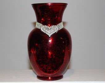 Red Sweetheart Vase