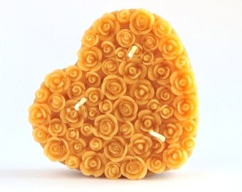Rose heart beeswax candle