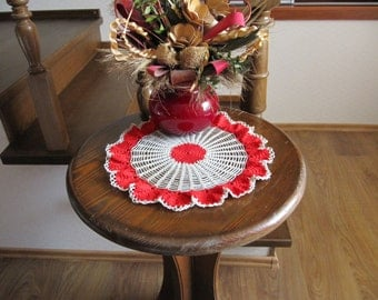 Red Flowers Crochet Doily, 14 inches, Round Doily, Lace Crochet Doily, Table Decor, Living Room Decor, Hand Crocheted items