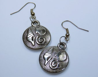 Earrings shell maritime round silver pendant earrings with shell motif earrings jewelry Beach shells snail shells