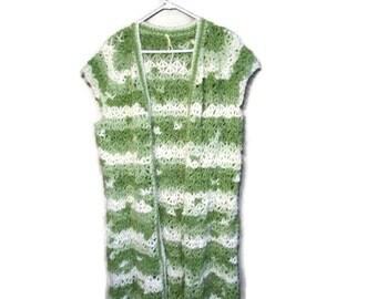 Lacy sleeveless vest