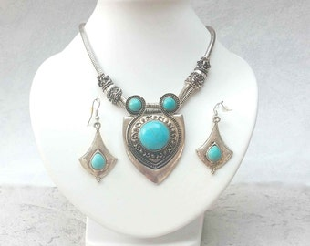 Bohemian necklace and earrings Ethnic with the inspirations of Celtic
